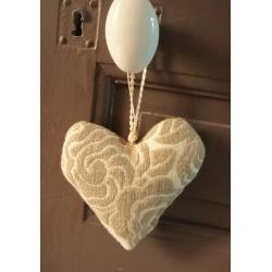 Coeur à suspendre | Fleurs Lin brodé Beige + Dentelle | Création maison de Famille